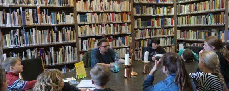 """Lebendige Bibliothek"" macht Schule"